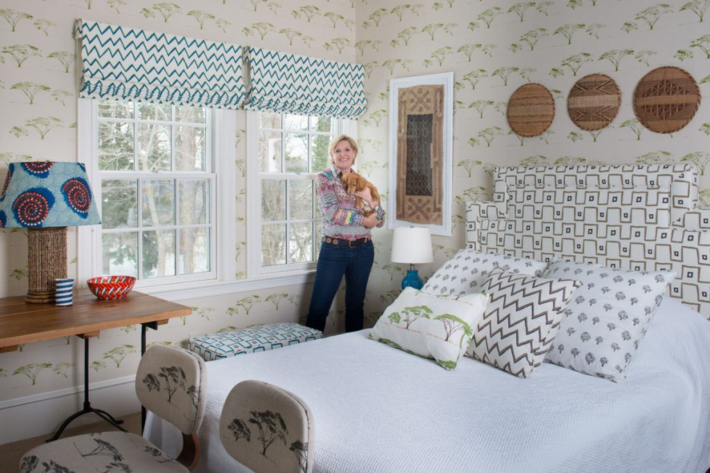 Better Homes And Gardens | Holding Pattern